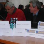 MULȚI, DA PE HÂRTIE! Parlamentarii de Dâmbovița i-au tratat cu spatele...