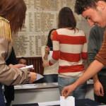 LEGE: Elevii vor avea drept de vot în CA al unităţilor de învăţământ l...
