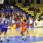 DÂMBOVIŢA: Semifinalele şi finalele cupei la baschet feminin se desfăş...