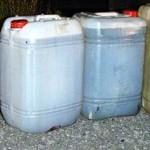CĂLĂRAŞI: Doi bărbaţi din Dragalina vindeau apă colorată pe post de mo...