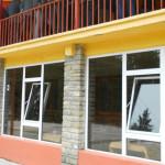 DÂMBOVIŢA: Taberele şcolare au fost date în administrarea Carpatmontan...