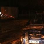 GIURGIU: Un  autoturism Mercedes a luat foc în faţa Căpităniei Portulu...