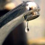 DÂMBOVIŢA: 13 ore fără apă şi alte 72 de ore cu apă nepotabilă la robi...
