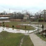 DÂMBOVIŢA: Bisericile din Răscăieţi sunt izolate de ape înainte de Noa...