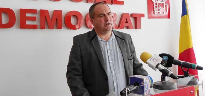 Dănuţ Gabriel Sandu, primarul comunei Voineşti
