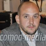DÂMBOVIŢA: N-a mai fost iubit! Andrei Păunescu... avortat din Partidul...