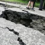 ARGEŞ: Drumul Naţional Curtea de Argeş - Râmnicu Vâlcea, opturat de o ...