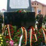 DÂMBOVIŢA: Respect şi evlavie! Oraşul Titu ştie să-şi cinstească înain...