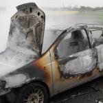 CĂLĂRAŞI: Incendiu pe Autostrada Soarelui! O maşină a luat foc în mers