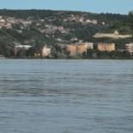 TELEORMAN: Dunărea a inundat plaja şi pasarela de la Turnu Măgurele