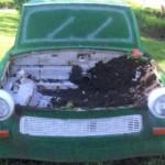 PRAHOVA: Hoţii au vrut să fure trabantul decorativ expus la Ploieşti
