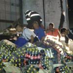 DÂMBOVIŢA: Au furat sticlele de suc din TIR-ul care s-a răsturnat la A...
