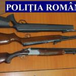 UPDATE: Poliţiştii au confiscat un întreg arsenal militar folosit pent...