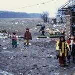 DÂMBOVIŢA: Ajutor financiar pentru copiii săraci! Asociaţia OvidiuRo î...