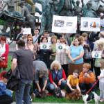 FLASHMOB: Nu salvăm copiii, omorând câinii! Adevărul despre crimele as...