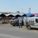 DÂMBOVIŢA: Piaţă neautorizată în centrul Târgoviştei! Angrosiştii de l...