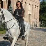 DÂMBOVIŢA: Vlad Ţepeş domneşte din nou în Cetatea Târgoviştei! S-a dat...