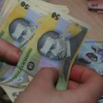 AMNISTIE: Guvernul lasă pensionarilor şi mamelor banii pe care i-au pr...
