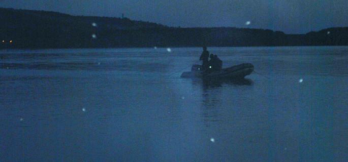 cautari barca noaptea