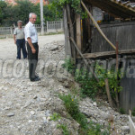 DÂMBOVIŢA: Un cetăţean încăpăţânat ţine pe loc asfaltarea la Priboiu! ...
