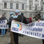 NEMULŢUMIRE: Funcţionarii publici din administraţie ameninţă cu greva ...