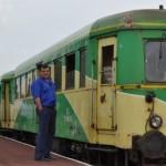IALOMIŢA: Trenul-căruţă care scoate din minţi pasagerii