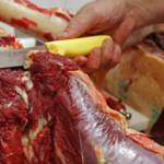 DÂMBOVIŢA: Abator clandestin la Şelaru! 153 de tone de carne au fost v...