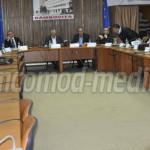 DÂMBOVIŢA: S-au înţeles! Consilierii judeţeni au votat în unanimitate ...