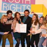 DEZBATERE: Ideile bune schimbă lumea! Tinerii analizează eficiența pol...