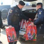 GIURGIU: Jandarmii s-au transformat în mesagerii lui Moş Crăciun pentr...