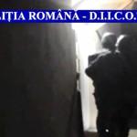 PERCHEZIŢII: Doi traficanţi de heroină, reţinuţi de poliţiştii argeşen...