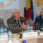 INIŢIATIVĂ: Mircea Diaconu învaţă autorităţile române să dezvolte teri...