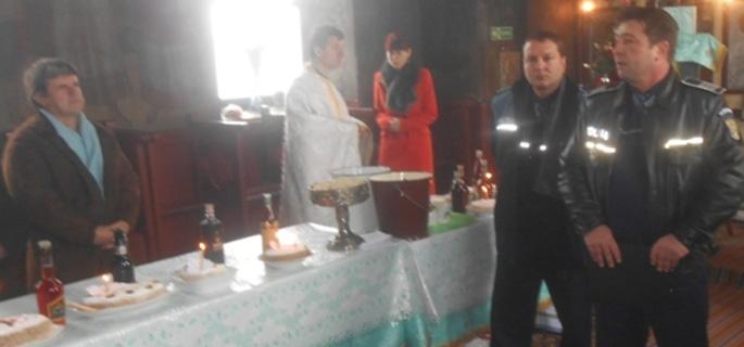 politisti biserica ulmeni 1