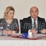 DÂMBOVIŢA: Competenţe şi profesionalism în relaţia cu cetăţeanul, la P...
