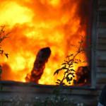 IALOMIŢA: Pompierii se luptă cu flăcările de 30 de ore, în comuna Drăg...