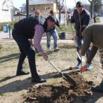 DÂMBOVIŢA: Administraţia din Titu este sprijinită de liceeni în acţiun...