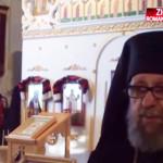 VIDEO: Captivat de România, un preot canadian construieşte o biserică ...