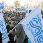ARGEŞ: Angajaţii Dacia ies în stradă, să susţină Autostrada Piteşti-Si...