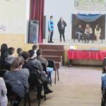 DÂMBOVIŢA: Tinerii învaţă să se implice în viaţa comunităţii, prin spe...