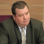 CĂLĂRAŞI: Consilierii judeţeni l-au pus în aşteptare pe fostul vicepre...
