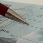 PRAHOVA: Administrator de firmă cumpăra materiale de construcţie cu fi...