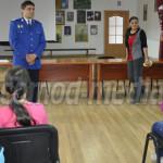 DÂMBOVIŢA: Jandarmii de la Ochiuri i-au învăţat regulile de conduită p...
