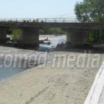 INVESTIŢIE: Podul peste râul Dâmboviţa de la Măneşti a fost pus în sig...