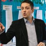 MÂNDRIE: Un român a fost desemnat profesorul anului 2015 în Anglia!