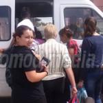 SEMNAL: În zi caniculară, călătorii au fost lăsaţi în staţii, fiindcă ...