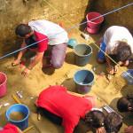 CERCETARE: Arheologii dezgroapă istoria unei comunităţi de agricultori...