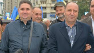 Marius Caraveţeanu (stânga) şi Marian Manu (dreapta). SURSA FOTO: soimuldambovitean.ro