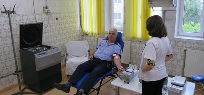 donare sange politisti calarasi 2