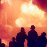 EXPLOZIE la sediul ISU Călăraşi! Doi pompieri au fost grav răniţi