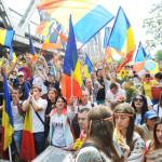 INIŢIATIVĂ: Platforma Unionistă Acţiunea 2012 îi ajută pe basarabeni s...